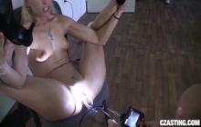 Uma Zex gets pussy checked